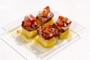 Atum marinado com guacamole